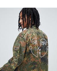 olivgrüne Camouflage Militärjacke von Reclaimed Vintage