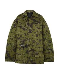 olivgrüne Camouflage Militärjacke von We11done