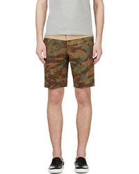 olivgrüne Camouflage Shorts von Moncler