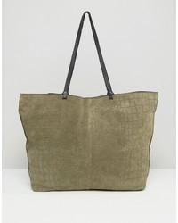 olivgrüne Shopper Tasche aus Wildleder von Asos
