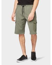 olivgrüne Shorts von Tom Tailor