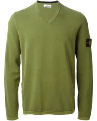 olivgrüner Pullover mit einem V-Ausschnitt von Stone Island