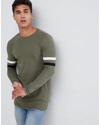 olivgrünes bedrucktes Langarmshirt von ASOS DESIGN