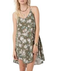 olivgrünes schwingendes Kleid