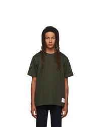 olivgrünes T-Shirt mit einem Rundhalsausschnitt von Thom Browne