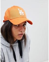 orange bestickte Baseballkappe von New Era
