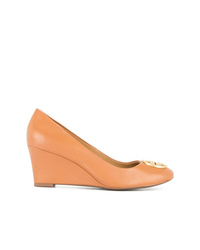 orange Keilpumps aus Leder von Tory Burch