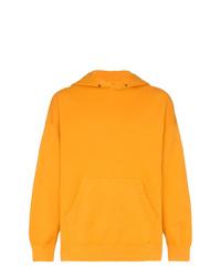 orange Pullover mit einem Kapuze von VISVIM