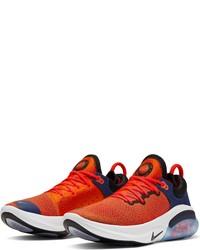 orange Sportschuhe von Nike
