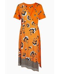 orange Wickelkleid mit Blumenmuster von NEXT