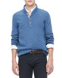 Pullover mit einem Schalkragen