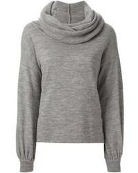 Pullover mit einer weiten Rollkragen