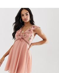 rosa besticktes schwingendes Kleid von ASOS DESIGN