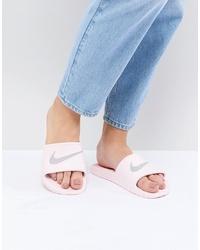 rosa Gummi flache Sandalen von Nike
