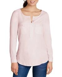 rosa T-shirt mit einer Knopfleiste von Eddie Bauer