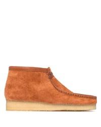 rotbraune Chukka-Stiefel aus Wildleder von Clarks Originals