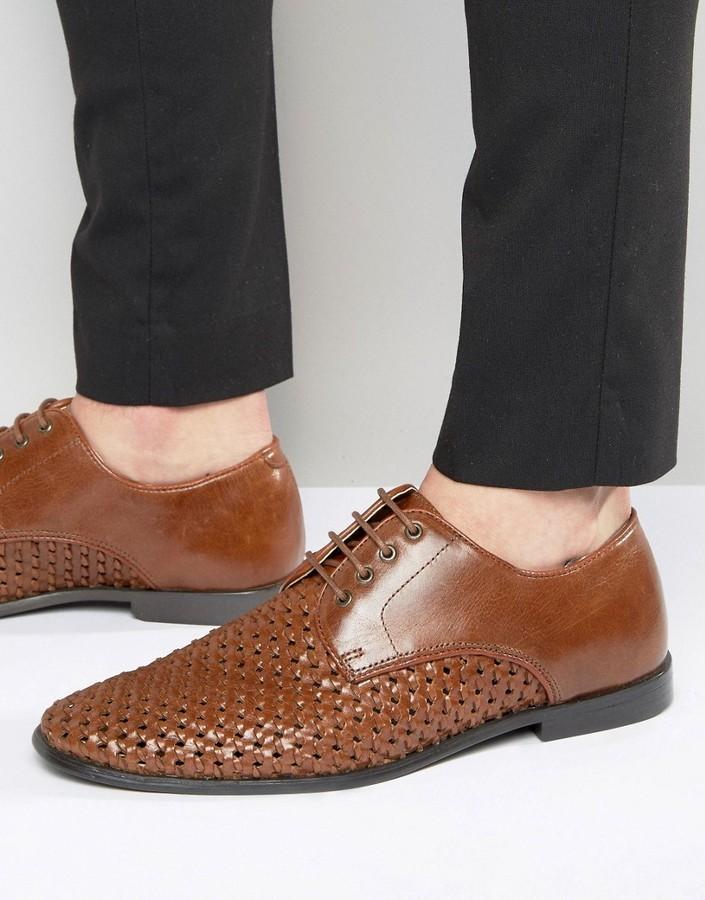 rotbraune geflochtene Leder Derby Schuhe von Red Tape