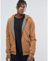 rotbrauner Pullover mit einem Kapuze