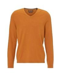 rotbrauner Pullover mit einem V-Ausschnitt von Marc O'Polo