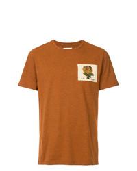 rotbraunes besticktes T-Shirt mit einem Rundhalsausschnitt von Kent & Curwen
