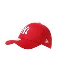 rote Baseballkappe von New Era