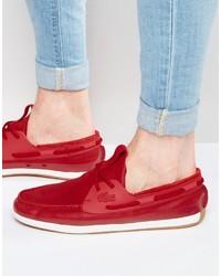 rote Bootsschuhe von Lacoste