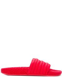 rote flache Sandalen von adidas