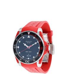rote Gummi Uhr von Gucci