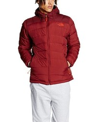 rote Jacke von The North Face