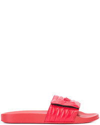 rote Ledersandalen von Versace