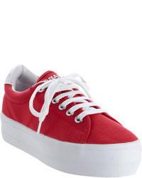 rote niedrige Sneakers
