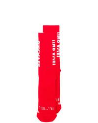 rote Socken von Unravel Project