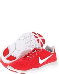 rote Sportschuhe