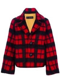 Rote und schwarze Jacke mit Schottenmuster