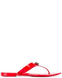 rote Zehentrenner von Salvatore Ferragamo