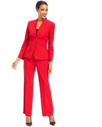 roter Anzug