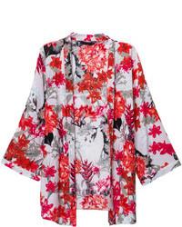 roter Kimono mit Blumenmuster