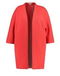 roter Mantel von Studio 8