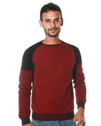 roter Pullover mit einem Rundhalsausschnitt von CE&CE