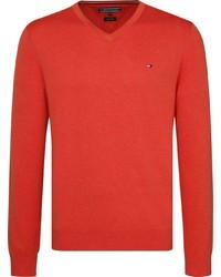 roter Pullover mit einem V-Ausschnitt von Tommy Hilfiger