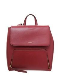 roter Rucksack von DKNY