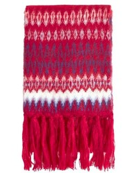 roter Schal mit Fair Isle-Muster