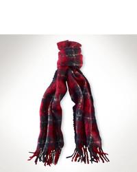 roter und dunkelblauer Schal mit Schottenmuster