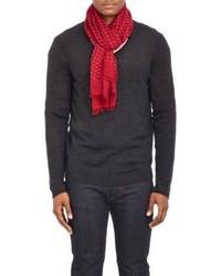 roter und weißer Schal