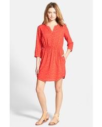 rotes bedrucktes Shirtkleid