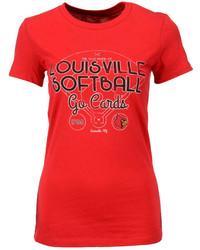 rotes bedrucktes T-Shirt mit einem Rundhalsausschnitt