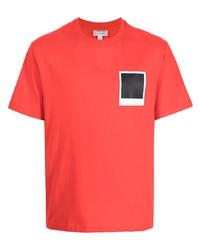 rotes bedrucktes T-Shirt mit einem Rundhalsausschnitt von Lacoste