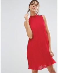 rotes Chiffon schwingendes Kleid