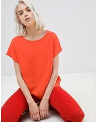 rotes T-Shirt mit einem Rundhalsausschnitt von Weekday