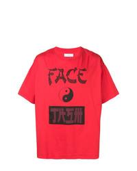 rotes und schwarzes bedrucktes T-Shirt mit einem Rundhalsausschnitt von Facetasm